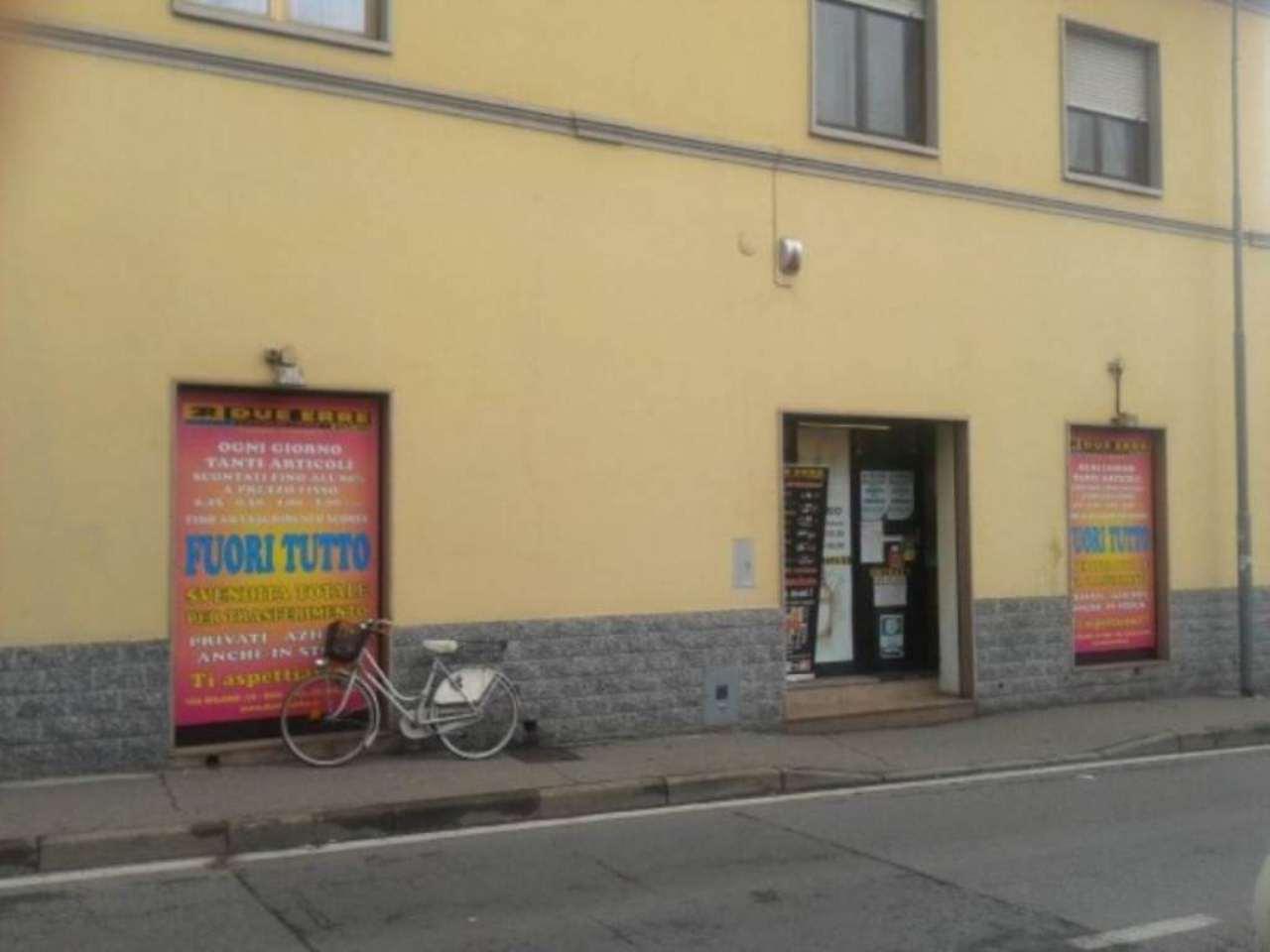 Negozio / Locale in vendita a Rho, 9999 locali, prezzo € 219.000 | Cambio Casa.it
