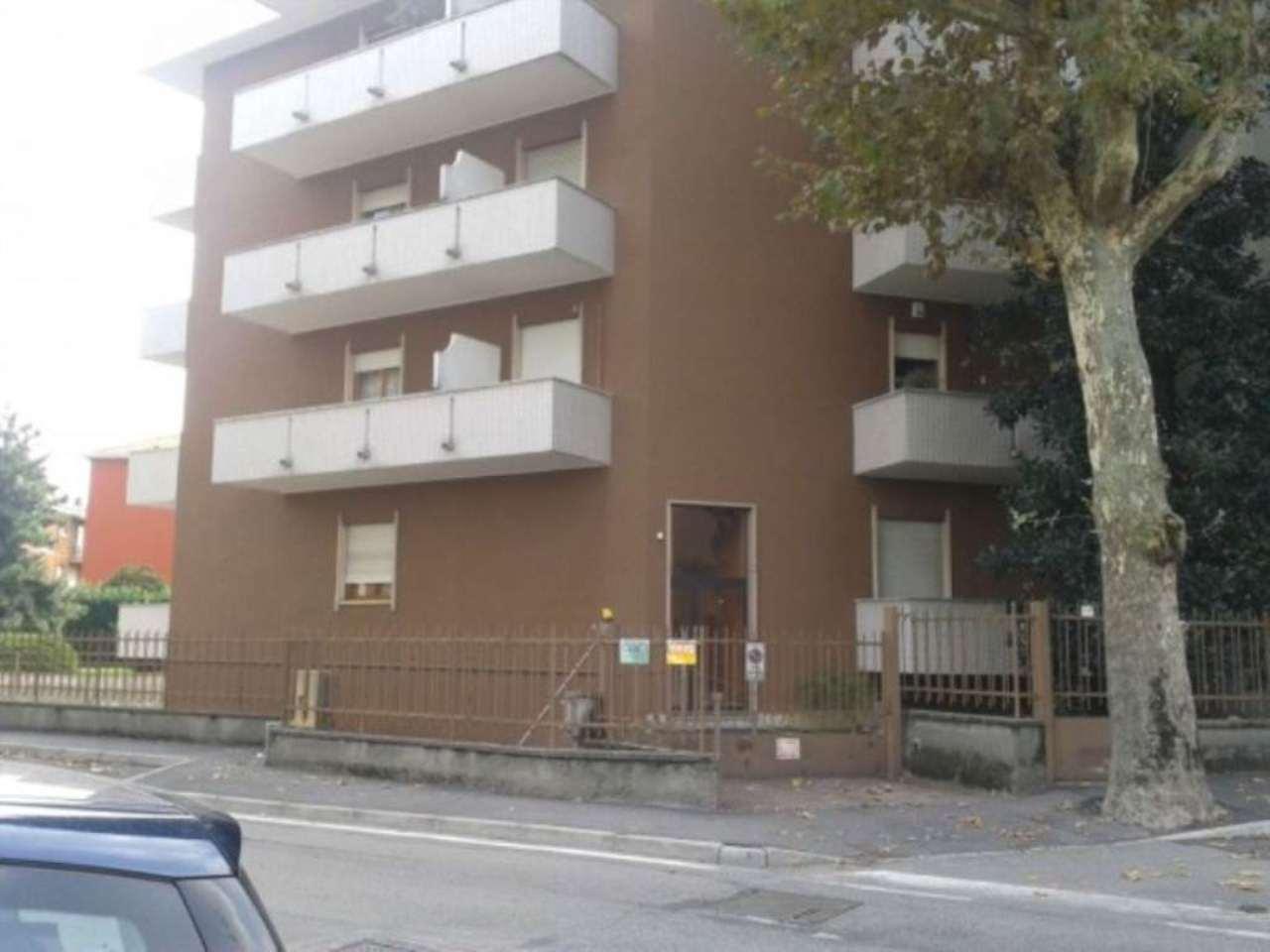 Box / Garage in vendita a Rho, 9999 locali, prezzo € 18.000 | CambioCasa.it