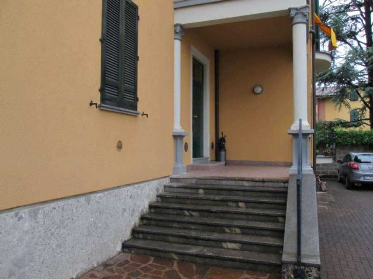 Bilocale Giussano Via Garibaldi 2