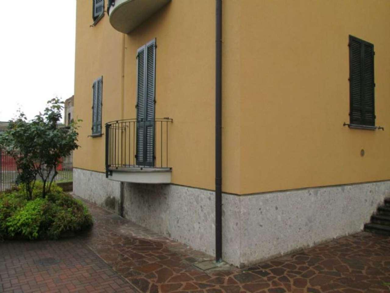Bilocale Giussano Via Garibaldi 3