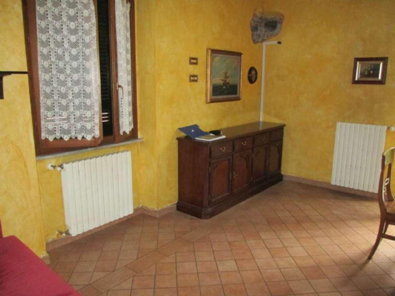 Bilocale Giussano Via Garibaldi 5