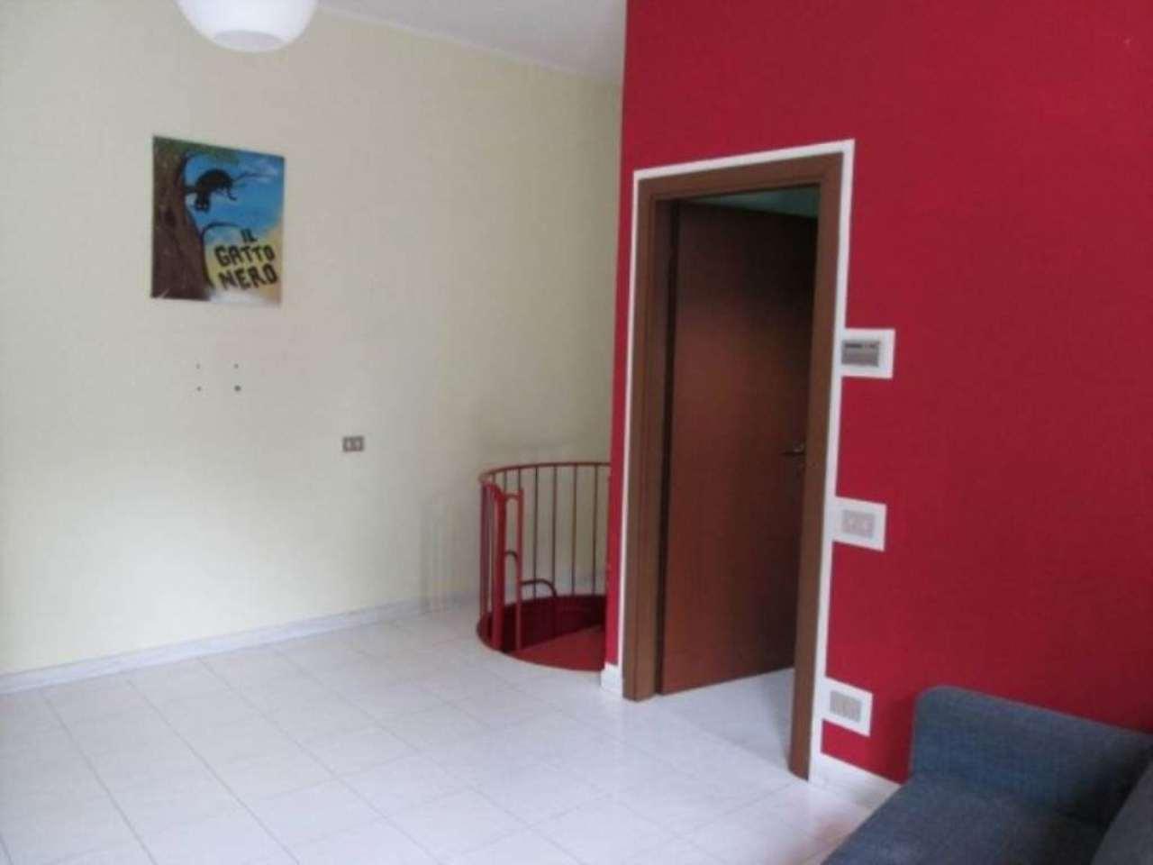 Appartamento in affitto a Desio, 1 locali, prezzo € 400 | Cambio Casa.it