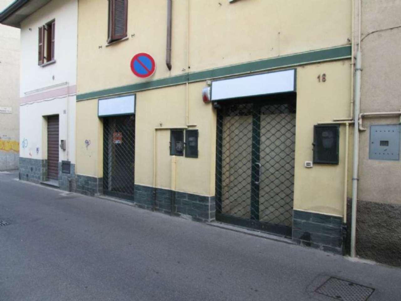 Negozio / Locale in affitto a Desio, 3 locali, prezzo € 700 | Cambio Casa.it