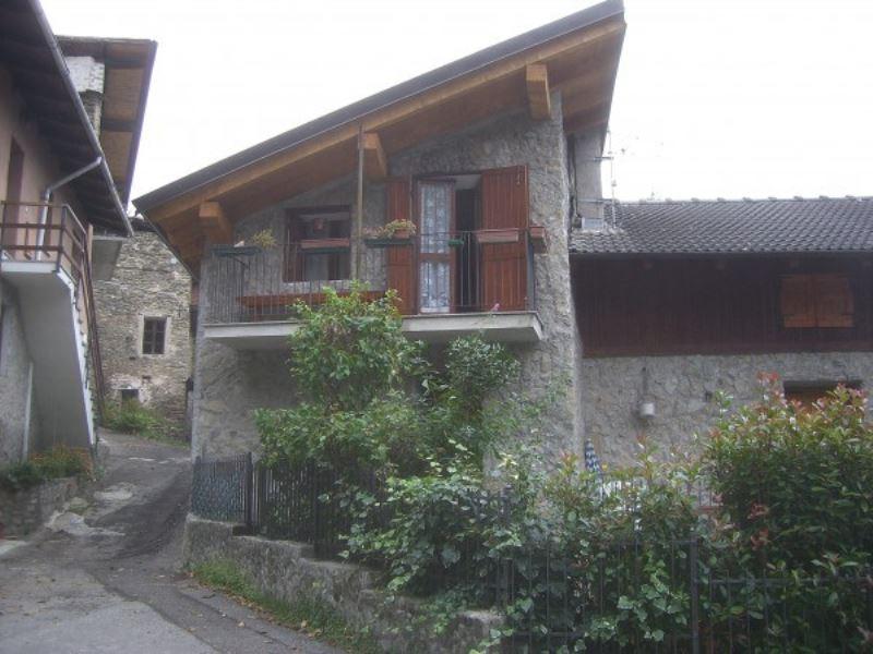 Villa in vendita a Meana di Susa, 6 locali, prezzo € 130.000 | CambioCasa.it