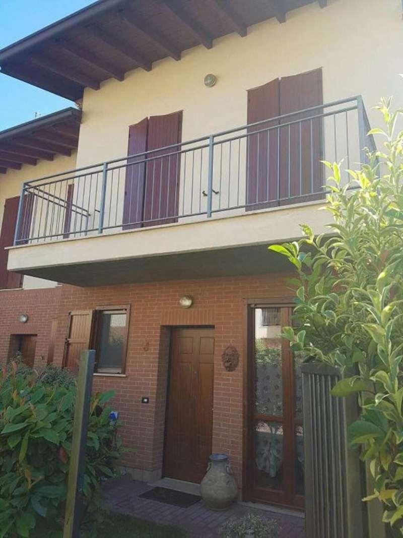 Villa a Schiera in vendita a San Zeno Naviglio, 4 locali, prezzo € 235.000 | Cambio Casa.it