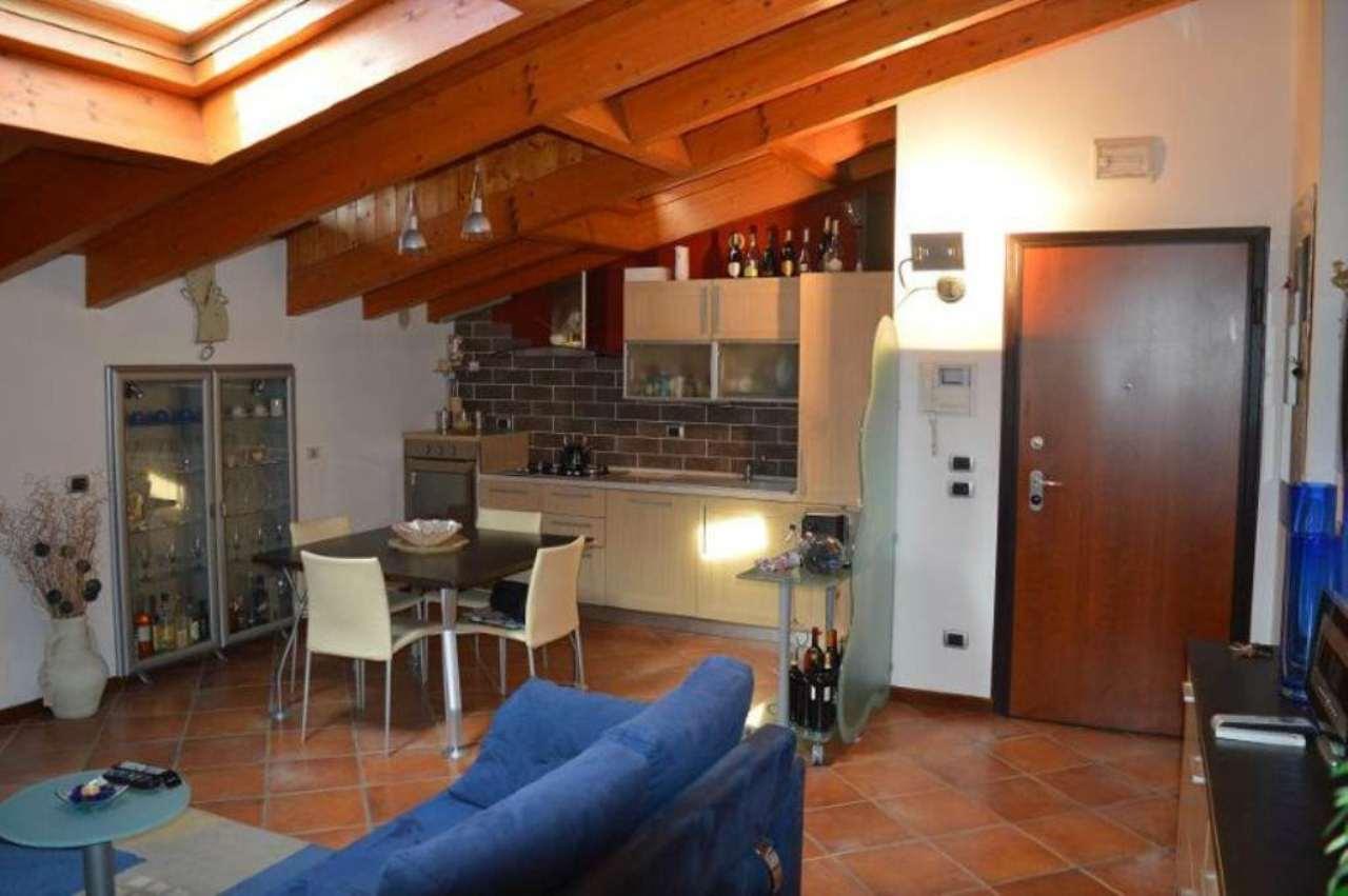 Appartamento in vendita a Rezzato, 3 locali, prezzo € 140.000   Cambio Casa.it