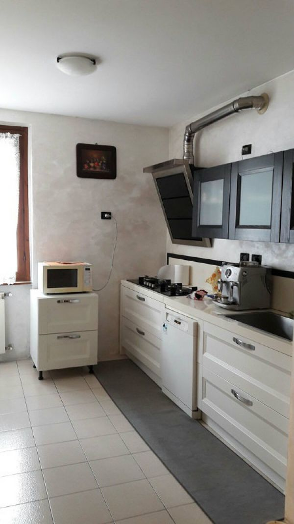 Appartamento in vendita a Manerbio, 3 locali, prezzo € 99.000 | CambioCasa.it