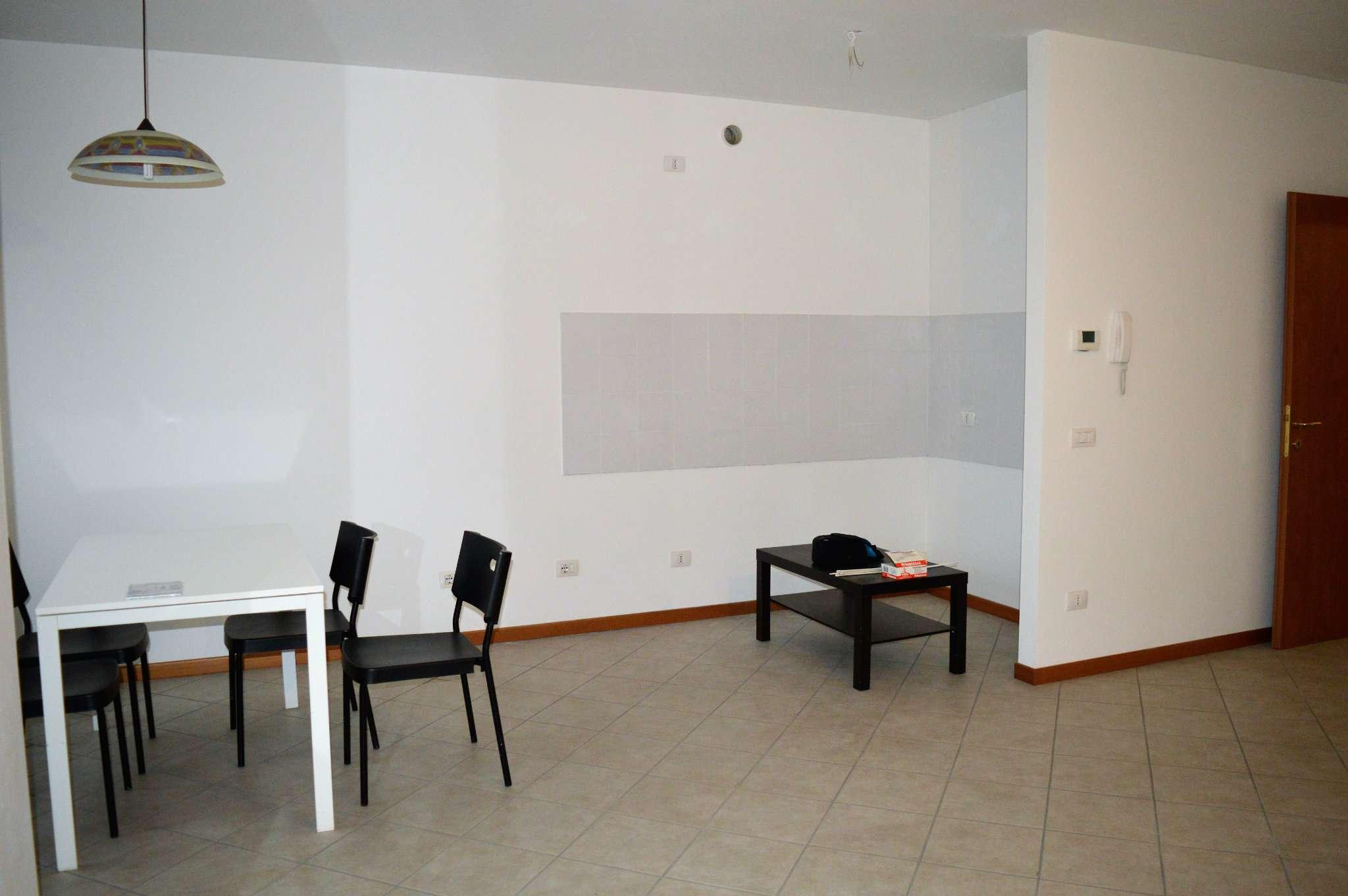 Appartamento in vendita a Castenedolo, 3 locali, prezzo € 140.000 | CambioCasa.it