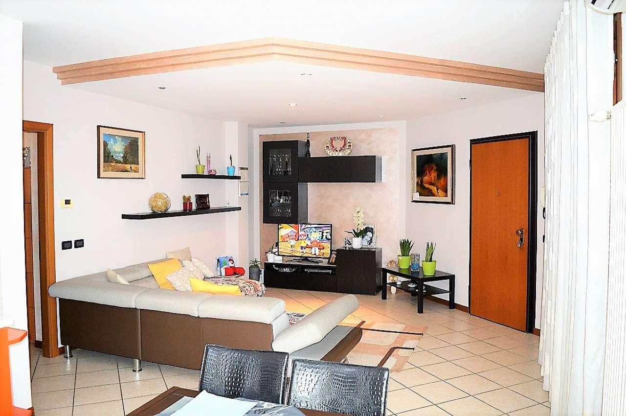Appartamento in vendita a Montirone, 3 locali, prezzo € 122.000 | CambioCasa.it