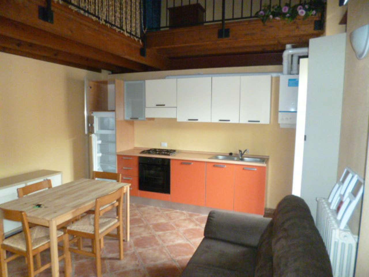 Appartamento in affitto a Montirone, 2 locali, prezzo € 440 | CambioCasa.it