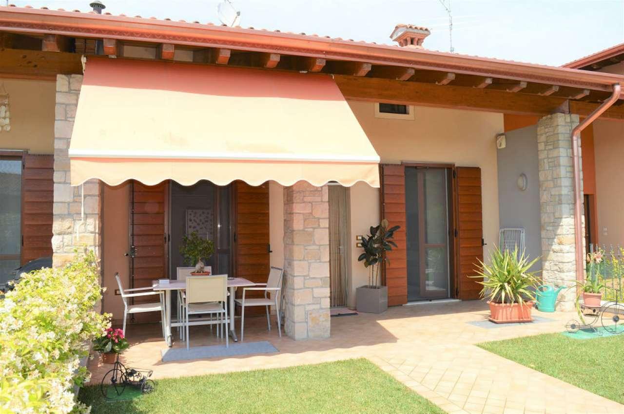 Villa in vendita a Ghedi, 4 locali, prezzo € 245.000 | Cambio Casa.it