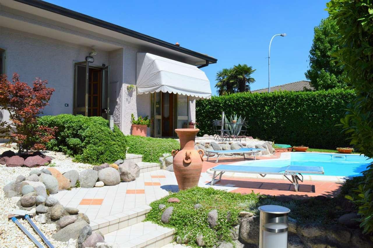 Villa Bifamiliare in vendita a Flero, 4 locali, prezzo € 470.000 | CambioCasa.it