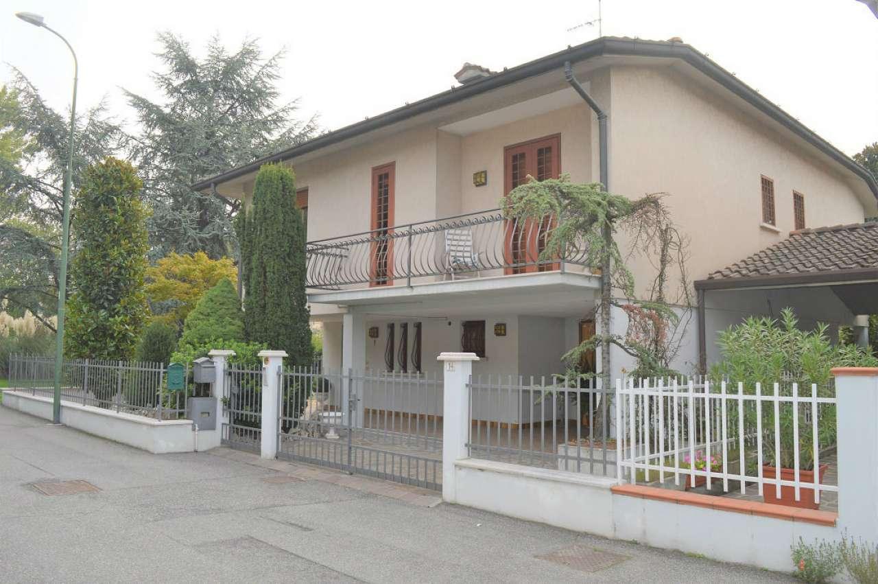 Villa in vendita a Capriano del Colle, 4 locali, prezzo € 210.000 | CambioCasa.it