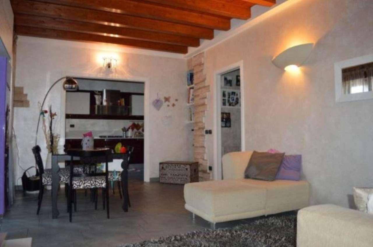Appartamento in vendita a Montirone, 3 locali, prezzo € 165.000 | Cambio Casa.it