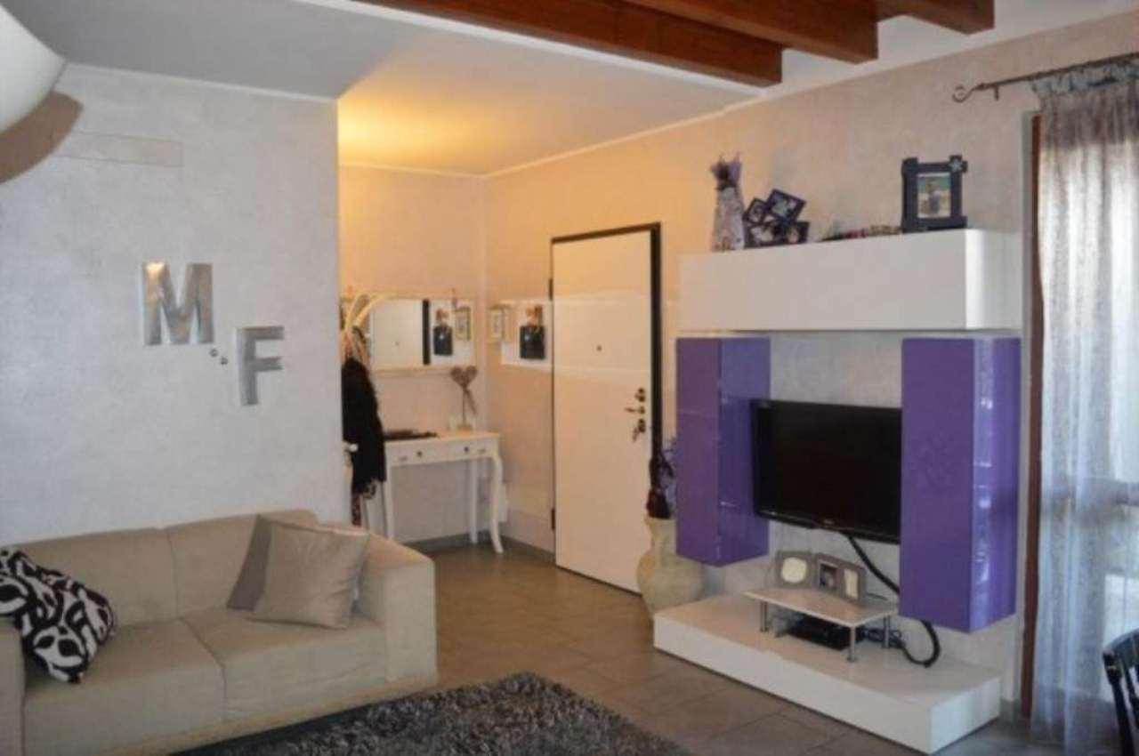 Appartamento in vendita a Montirone, 3 locali, prezzo € 179.000 | Cambio Casa.it