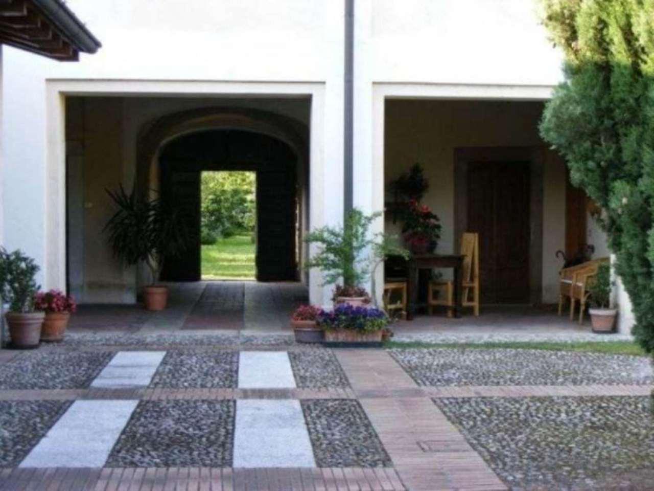 Rustico / Casale in vendita a Borgosatollo, 6 locali, prezzo € 980.000 | Cambio Casa.it