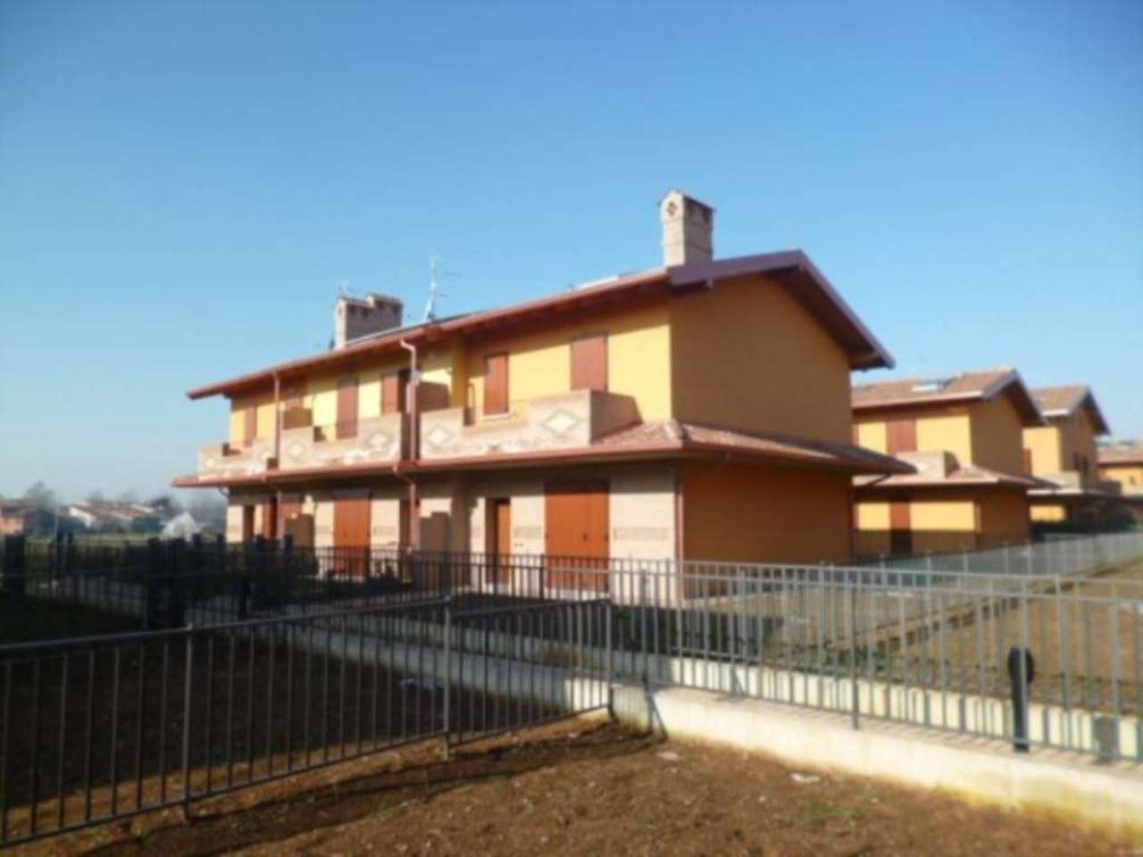 Villa in vendita a Castenedolo, 5 locali, prezzo € 320.500 | Cambio Casa.it