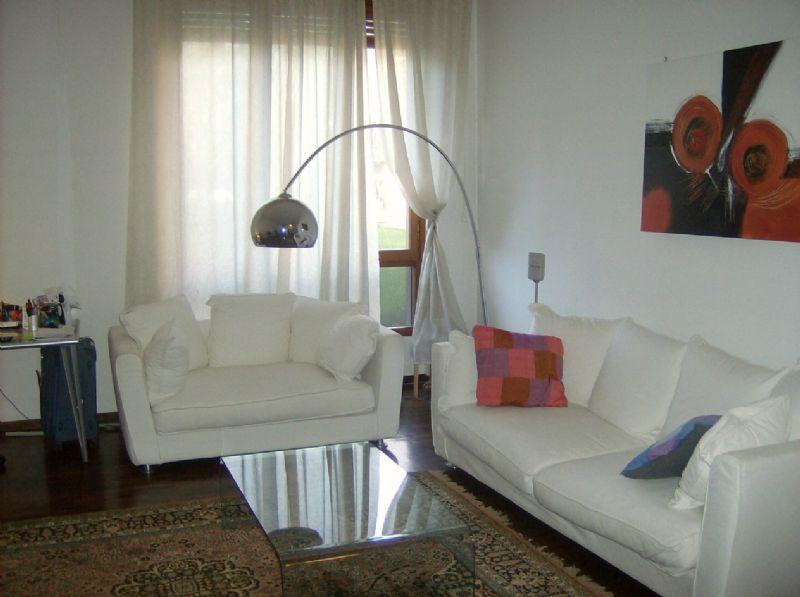Appartamento in affitto a Segrate, 2 locali, prezzo € 1.100 | CambioCasa.it