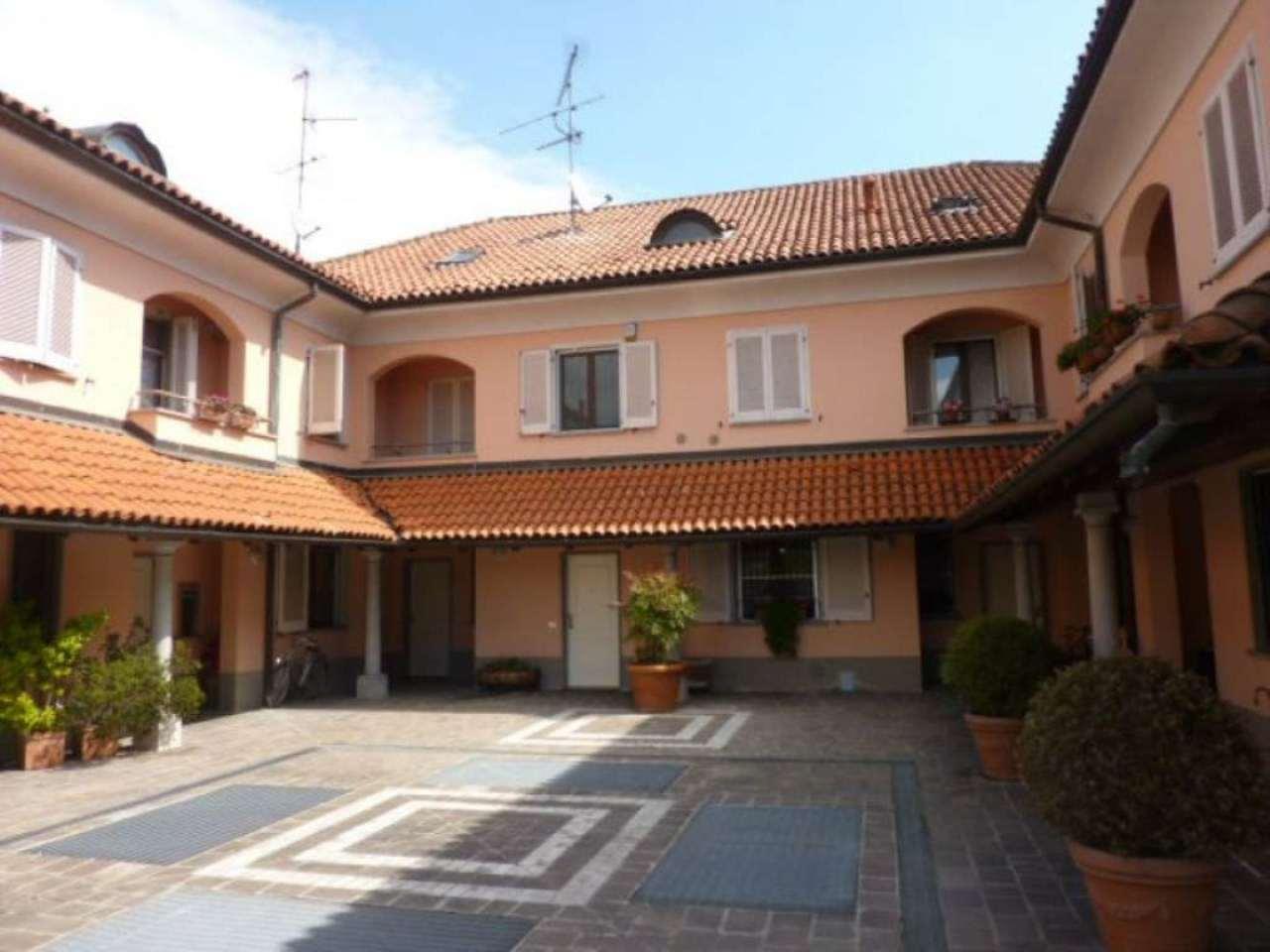 Villa a Schiera in affitto a Basiglio, 5 locali, prezzo € 2.167 | CambioCasa.it