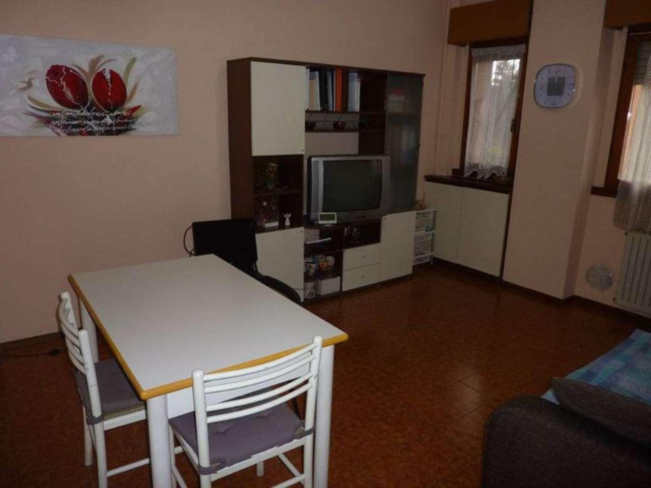Appartamento in affitto a Settimo Milanese, 3 locali, prezzo € 575 | CambioCasa.it