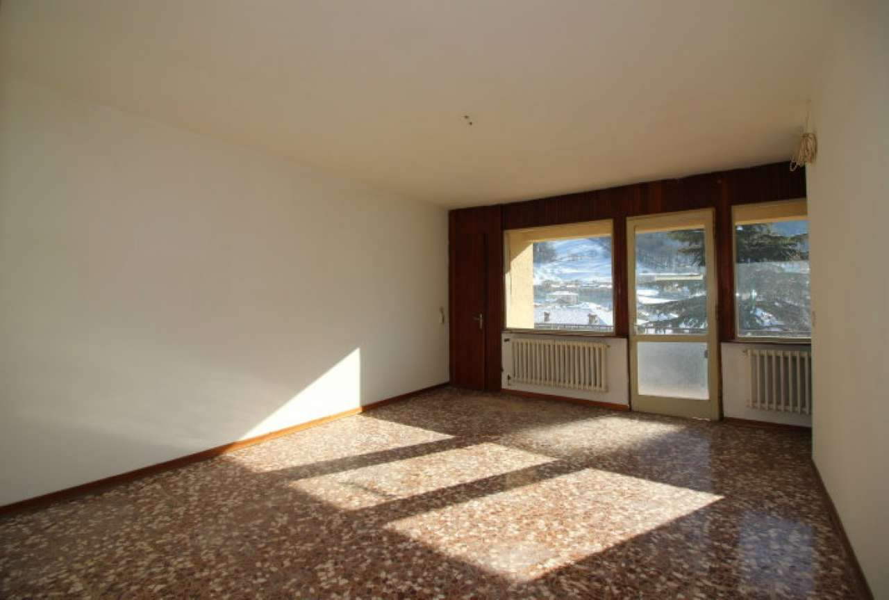Appartamento in vendita a Ardesio, 4 locali, prezzo € 119.000 | CambioCasa.it