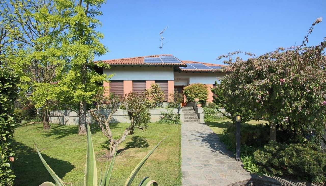 Villa in vendita a Cassano d'Adda, 5 locali, prezzo € 549.000 | Cambio Casa.it