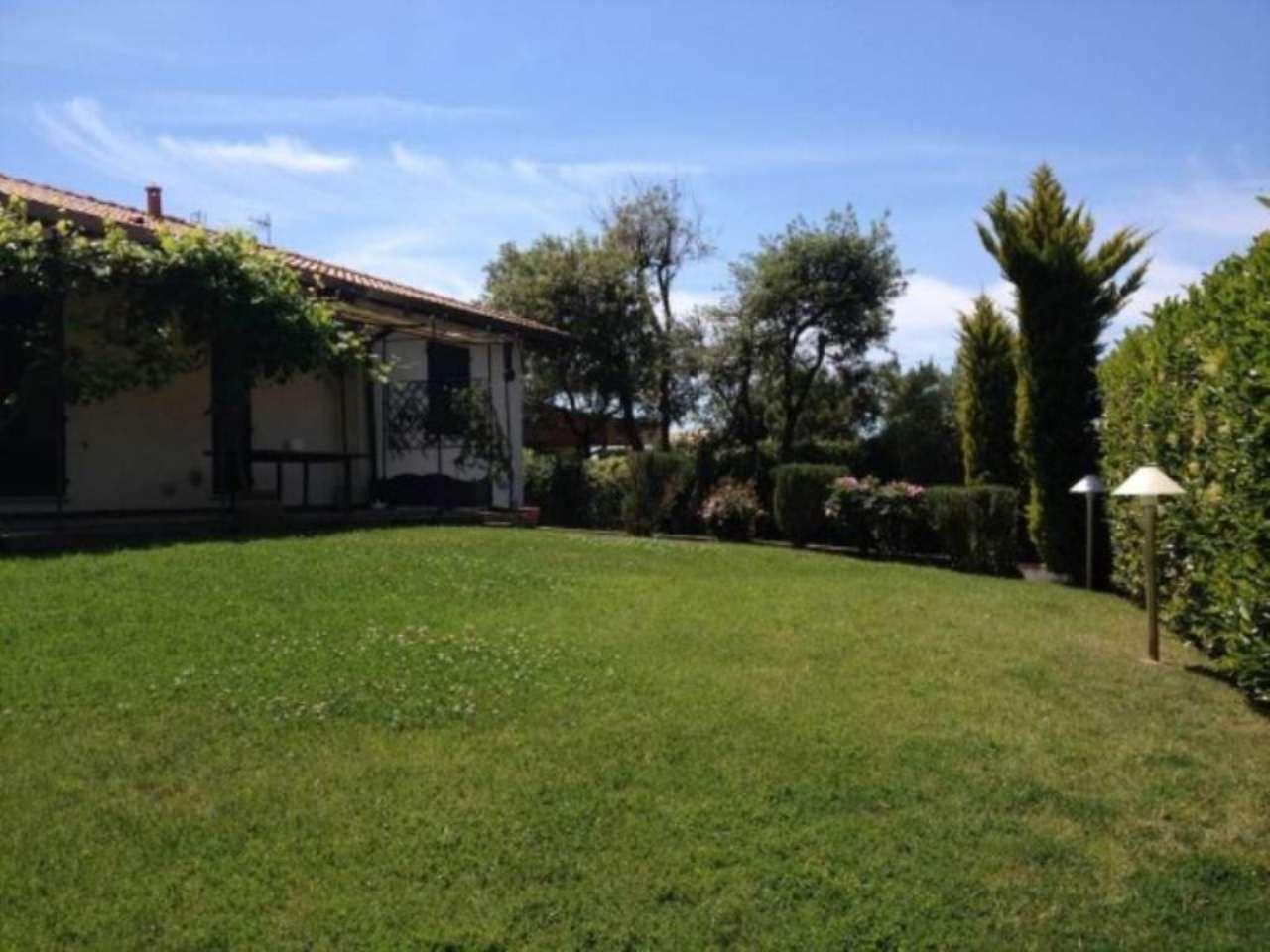 Soluzione Indipendente in vendita a Fiumicino, 6 locali, prezzo € 690.000 | CambioCasa.it