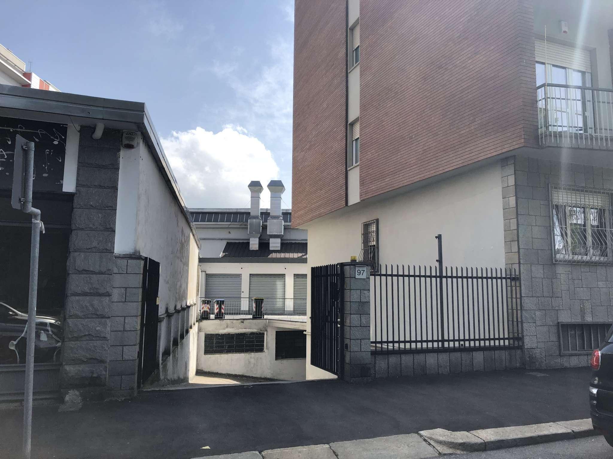 Foto 1 di Box via pacchiotti 97, Torino (zona Parella, Pozzo Strada)