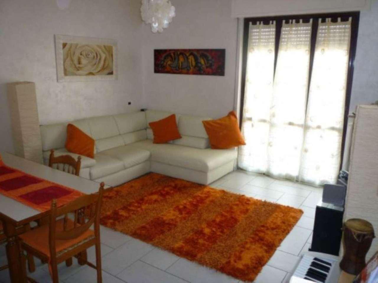 Appartamento in vendita a Bernareggio, 3 locali, prezzo € 133.000 | Cambio Casa.it