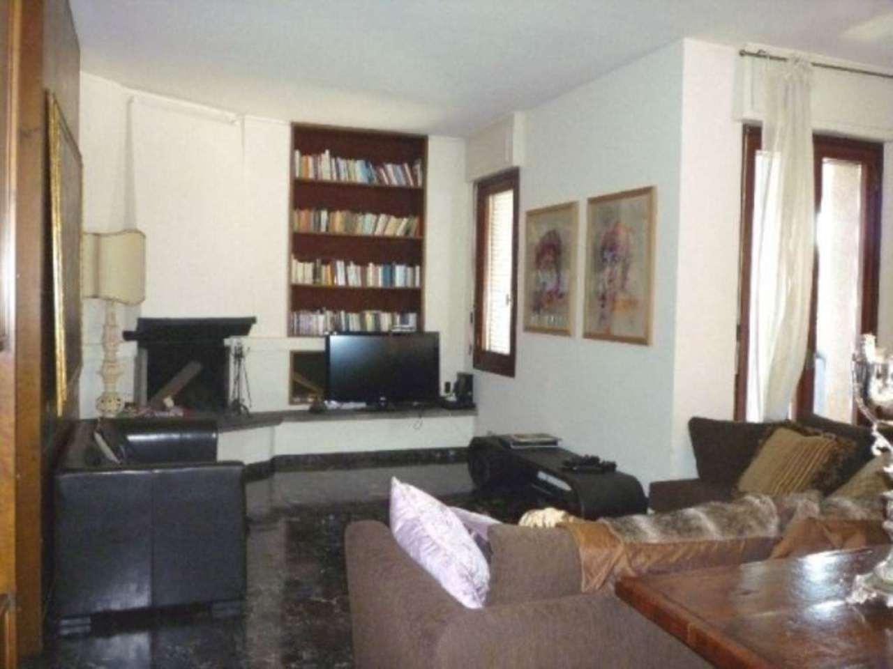 Attico / Mansarda in affitto a Seveso, 6 locali, prezzo € 1.100 | Cambio Casa.it