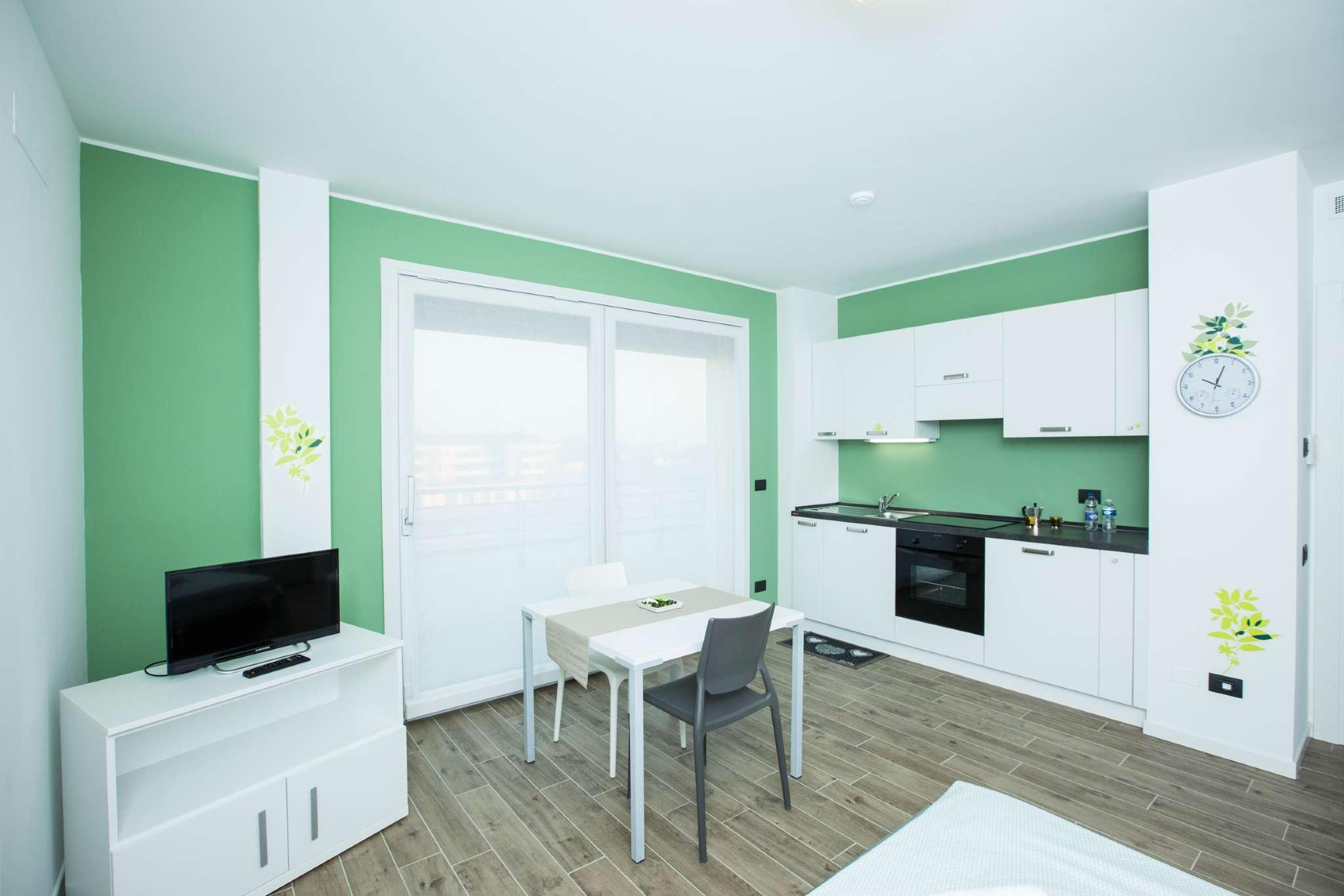 Appartamento in affitto a Pero, 1 locali, prezzo € 490   Cambio Casa.it