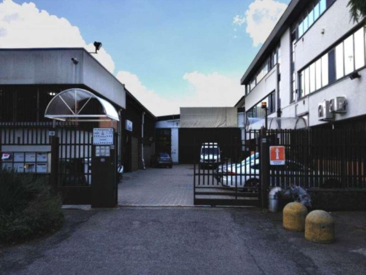 Capannone in vendita a Rho, 6 locali, Trattative riservate | Cambio Casa.it