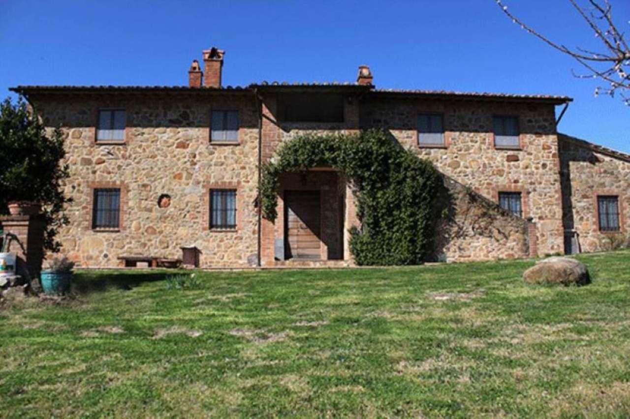 Rustico / Casale in vendita a Città della Pieve, 20 locali, prezzo € 880.000 | Cambio Casa.it