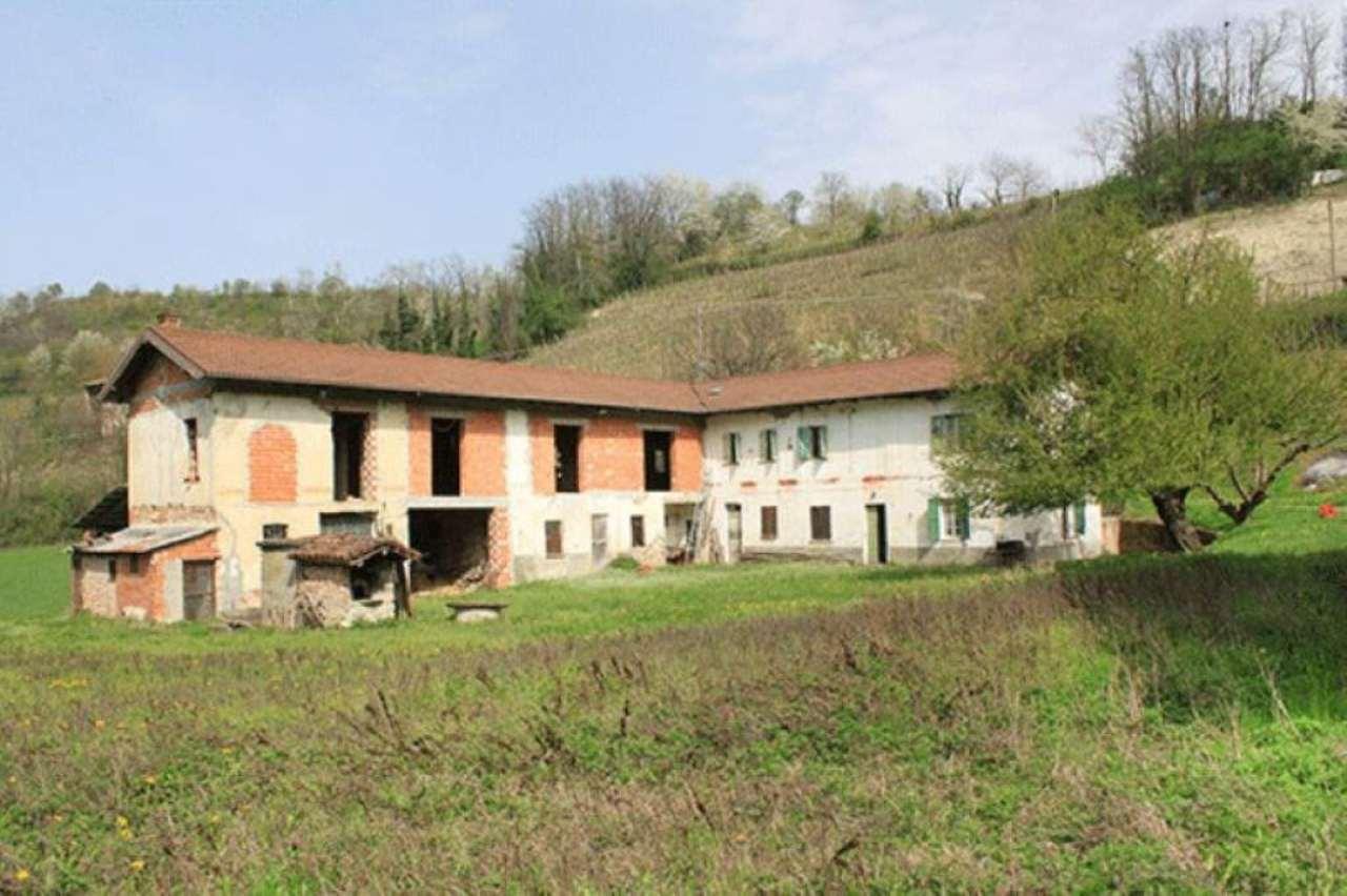 Rustico / Casale in vendita a Rocca Grimalda, 15 locali, prezzo € 340.000 | Cambio Casa.it