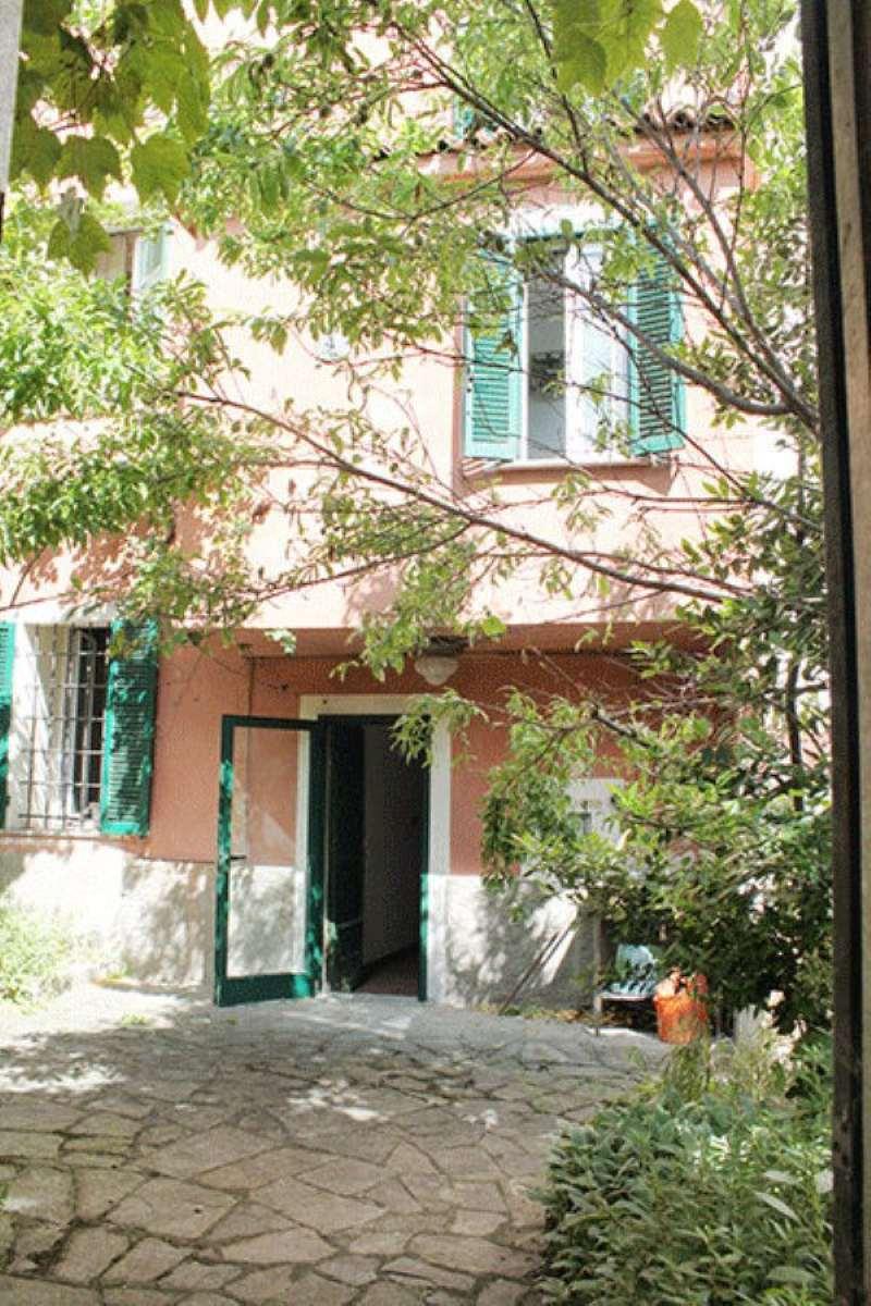 Palazzo / Stabile in vendita a Montaldo Bormida, 10 locali, prezzo € 150.000 | Cambio Casa.it