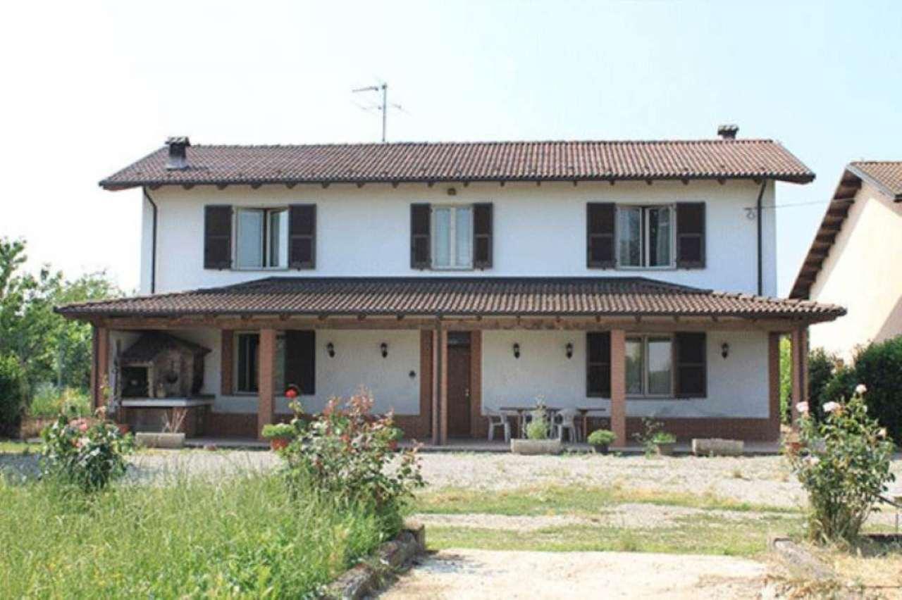 Soluzione Indipendente in vendita a Alessandria, 6 locali, prezzo € 330.000 | Cambio Casa.it