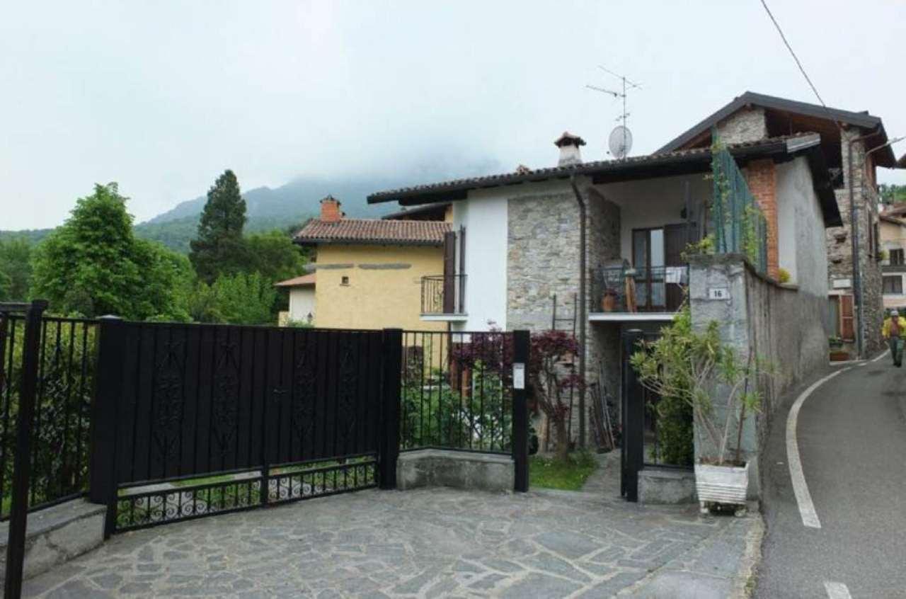 Soluzione Indipendente in vendita a Brissago-Valtravaglia, 4 locali, prezzo € 200.000 | Cambio Casa.it