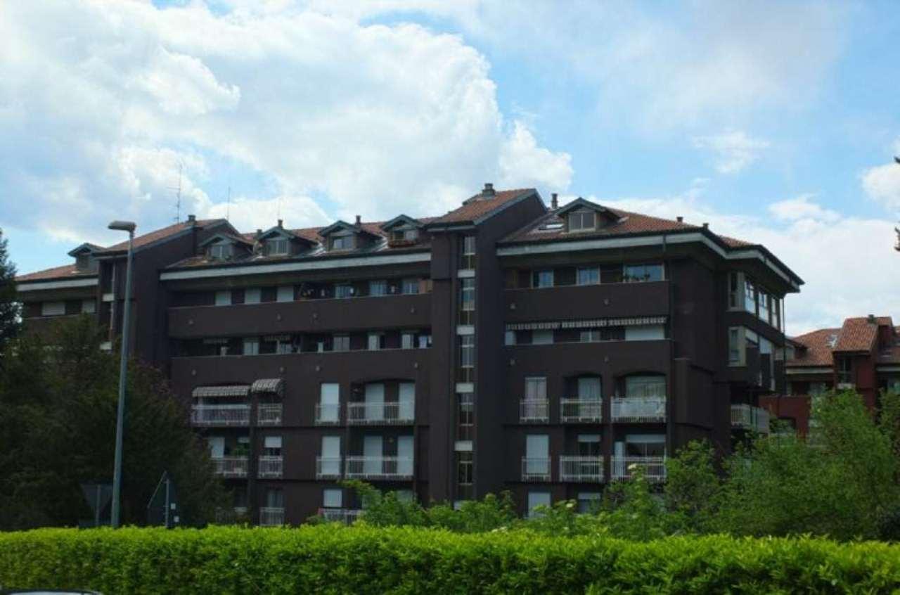 Appartamento in vendita a Luino, 4 locali, prezzo € 210.000 | CambioCasa.it