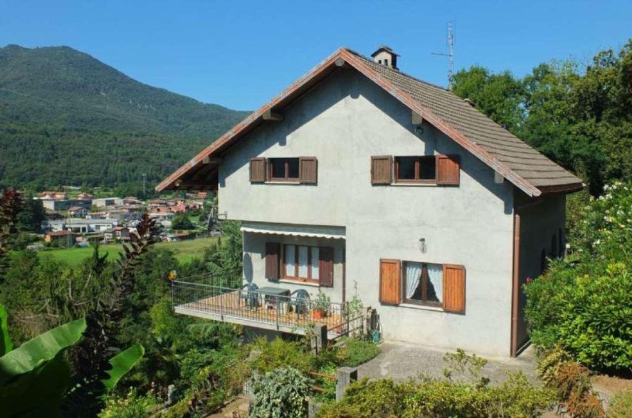 Soluzione Indipendente in vendita a Montegrino Valtravaglia, 4 locali, prezzo € 285.000 | Cambio Casa.it