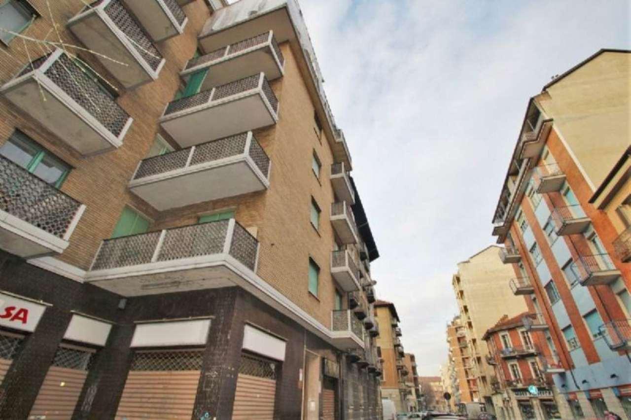 Bilocale Torino Via Montanaro 9