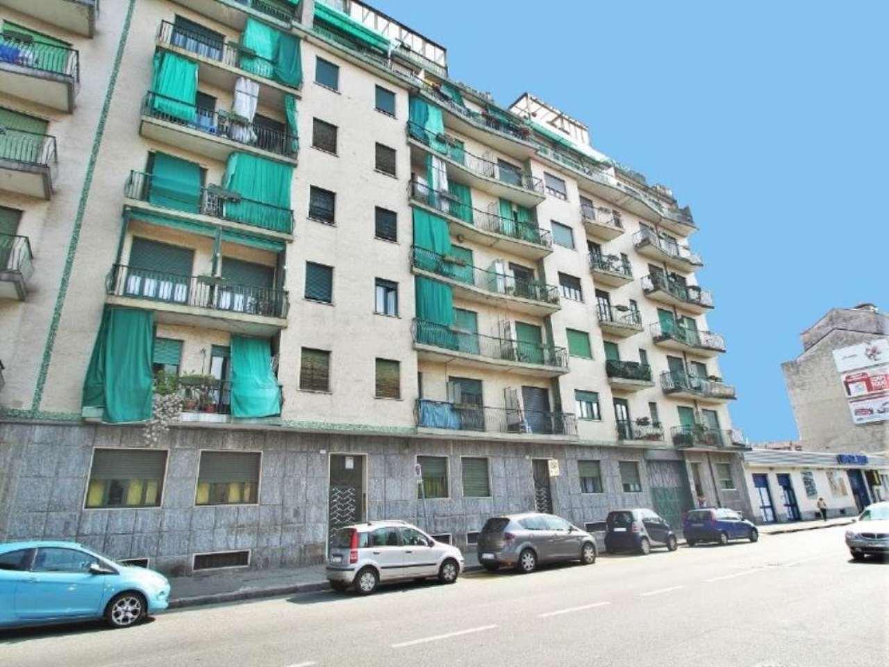 Bilocale Torino Via Clementi 12