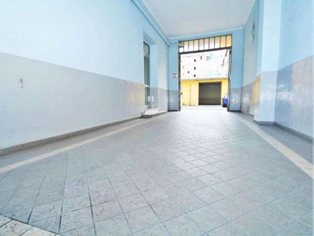 Bilocale Torino Via Monte Rosa 9