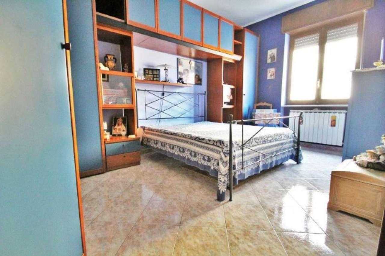 Bilocale Torino Via Petrella 5