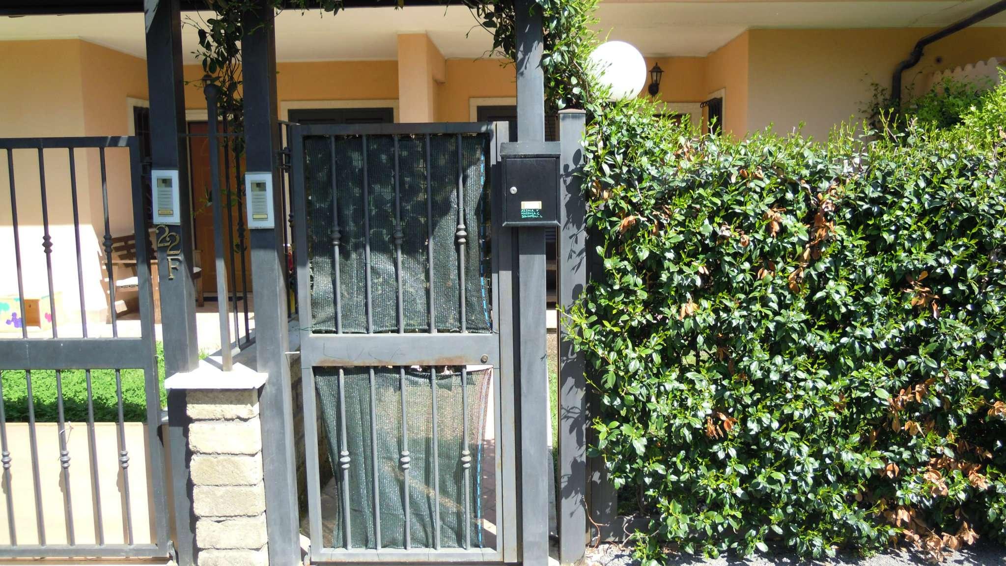 Villa Tri-Quadrifamiliare in Affitto a Guidonia Montecelio