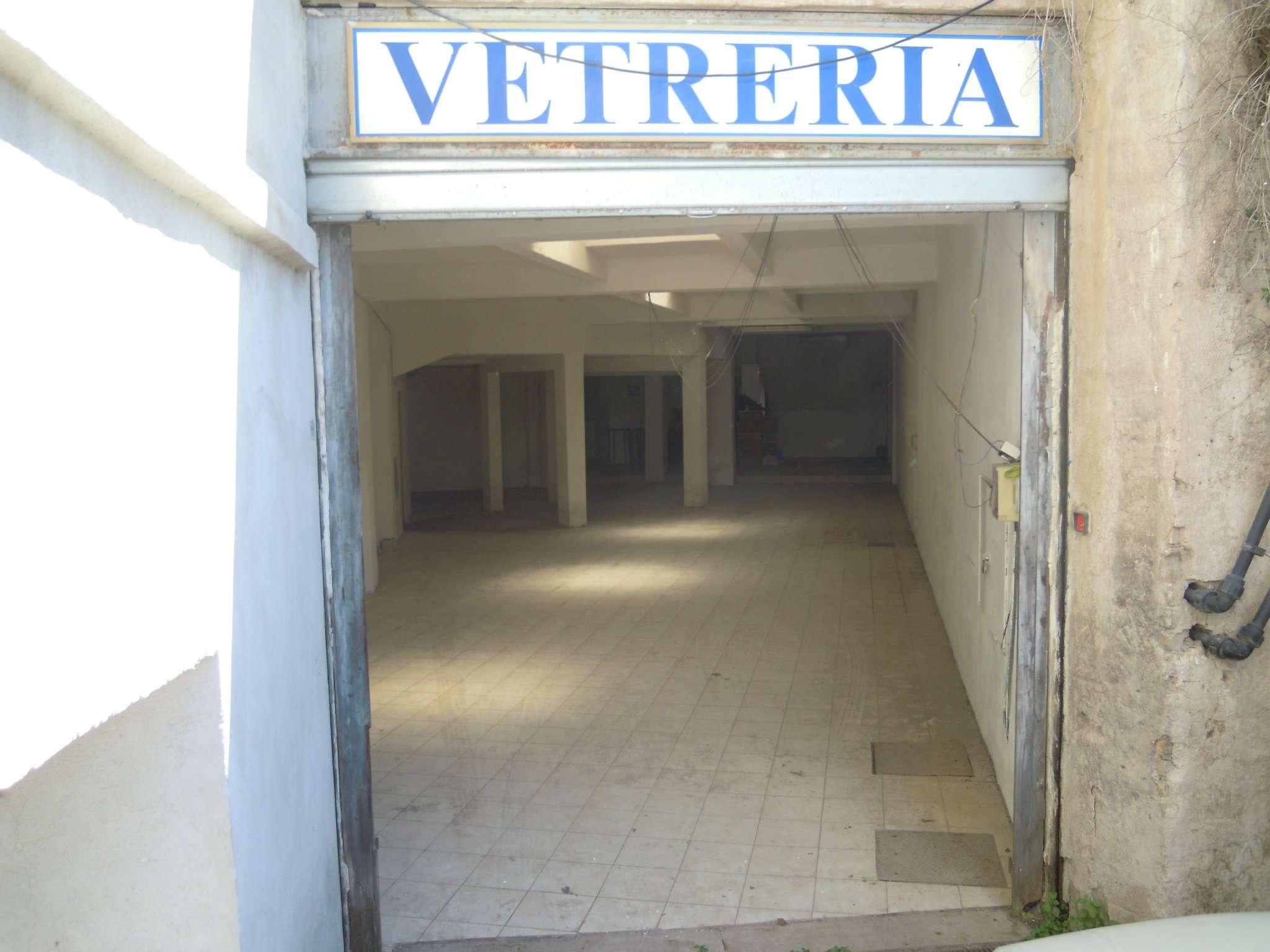 Laboratorio in affitto a Roma, 1 locali, zona Zona: 8 . Tiburtina, Colli Aniene, Pietrasanta, San Basilio, prezzo € 1.500 | Cambio Casa.it
