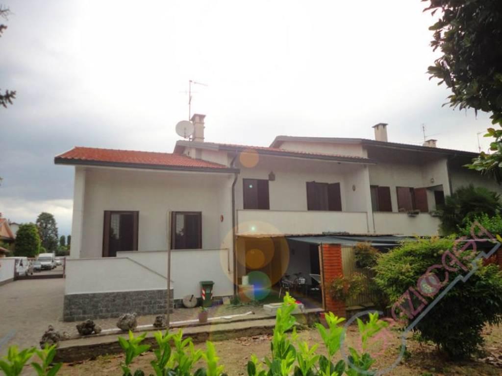 Villa a Schiera in Vendita a Cisliano