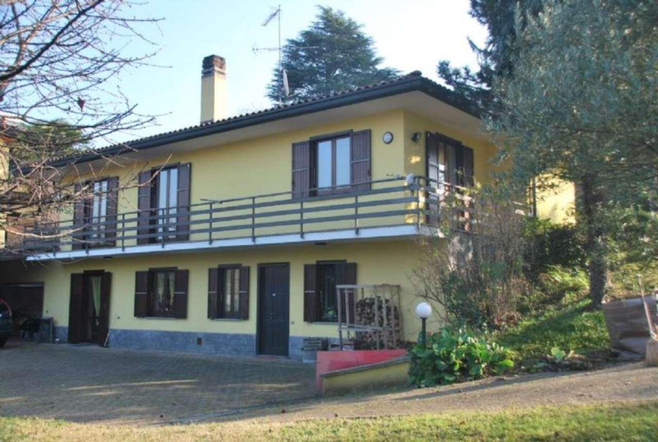 Villa in vendita a Oggiona con Santo Stefano, 4 locali, prezzo € 390.000 | Cambio Casa.it