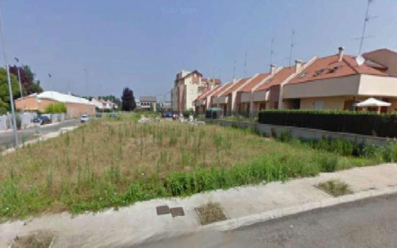 Terreno Edificabile Residenziale in vendita a Gorla Minore, 1 locali, prezzo € 650.000 | CambioCasa.it