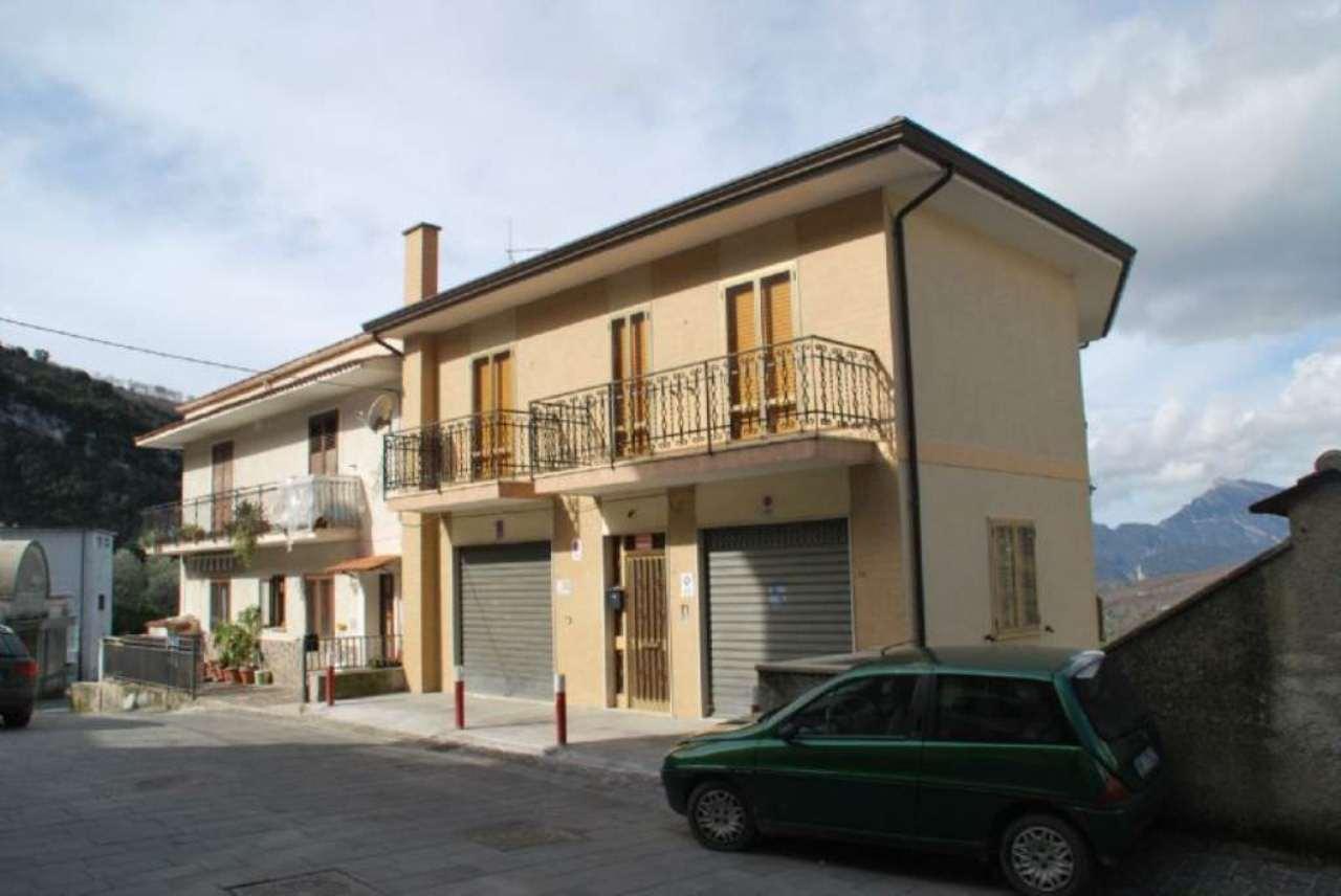 Soluzione Indipendente in vendita a Laurino, 3 locali, prezzo € 135.000 | CambioCasa.it