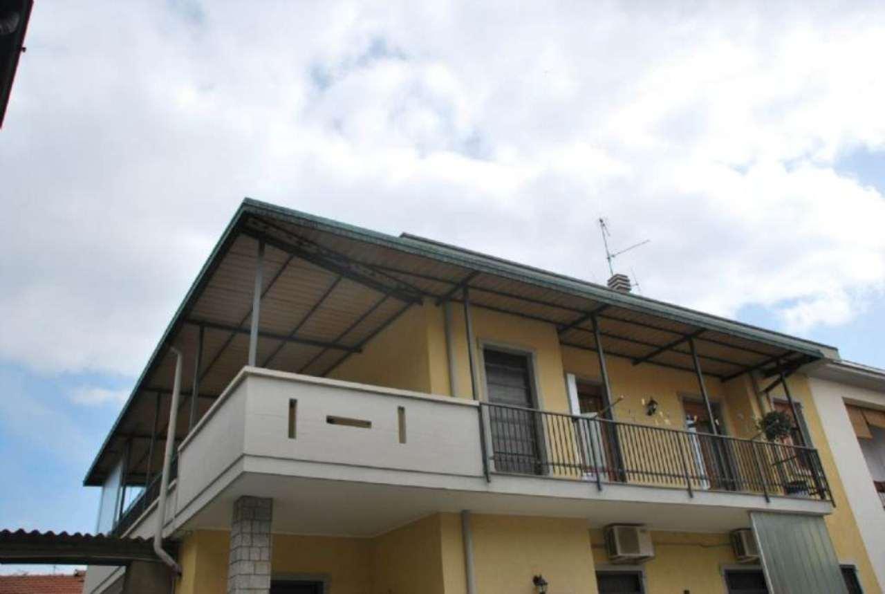 Appartamento in vendita a Magnago, 3 locali, prezzo € 150.000 | Cambio Casa.it